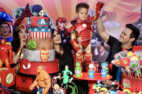 4 anos de Davi filho do sertanejo Matheus - Andrea Guimarães
