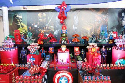 Festa Super Heróis com Vingadores - Andrea Guimarães Party Planner